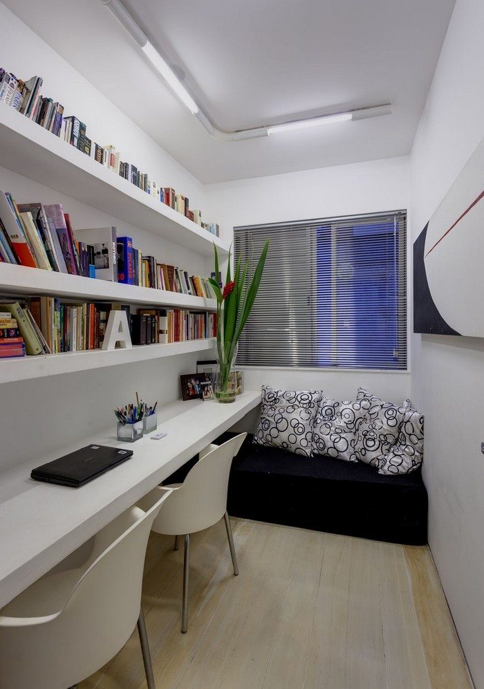 24 creative workspaces for two the home office for Home office design ideas 4 homes