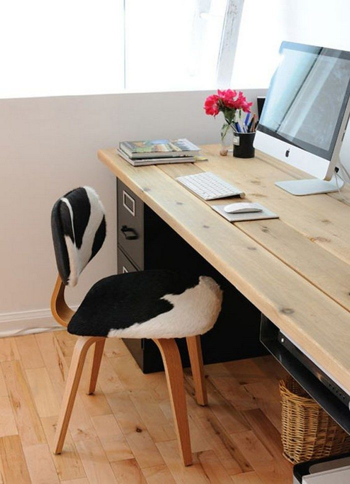 Easy to build large desk ideas for your home office the for Large home office