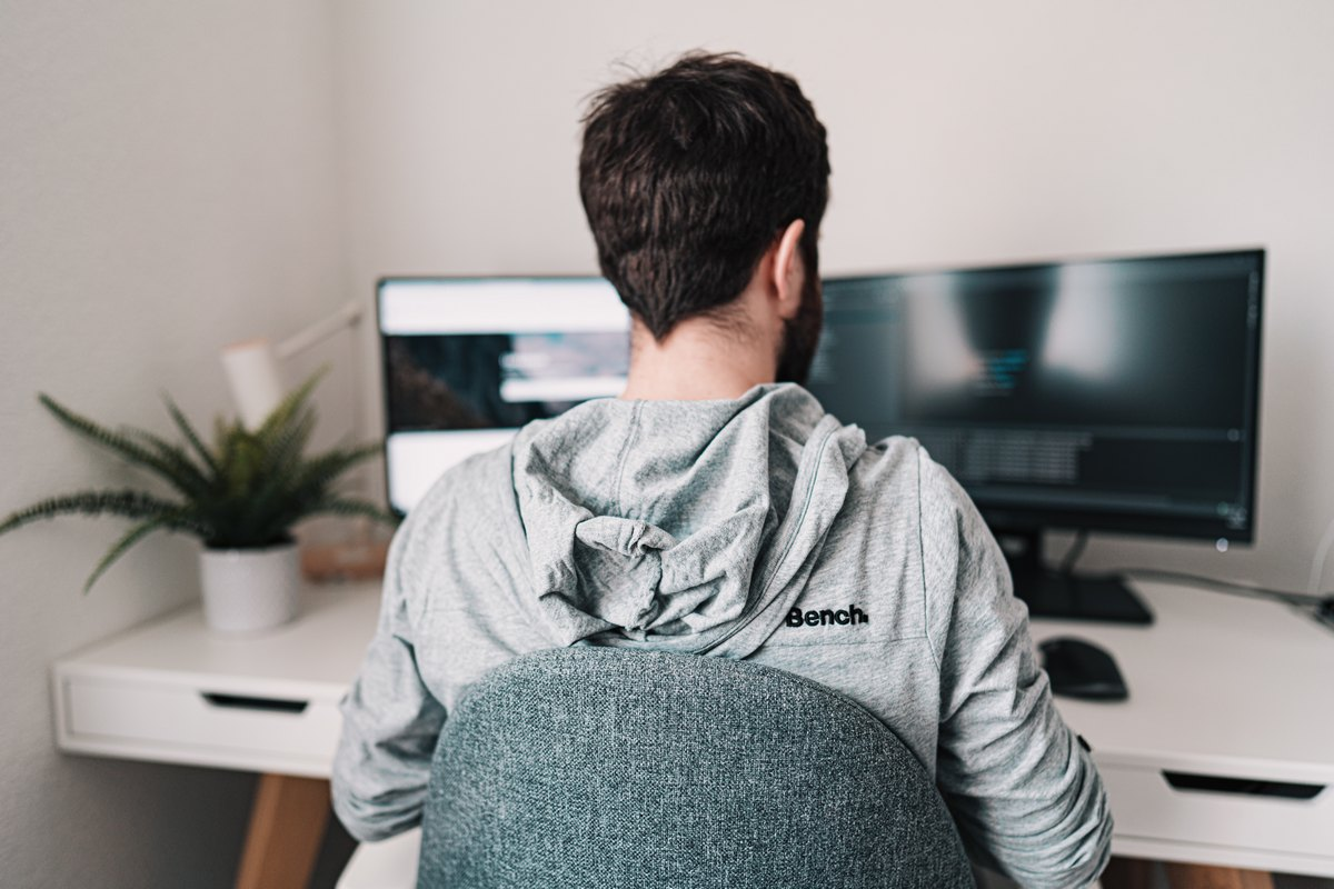 Learn How You Can Be More Productive When Working From Home…